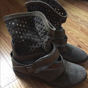 Matisse Booties grey/brown suede and leather